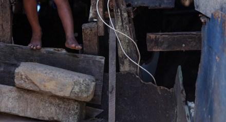 23.09.2020 - DESAFIOS URBANOS - Taciana, moradora do Bode - Dificuldades dos moradores de pilafitas na comunidade do Bode.