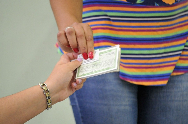 Maioria de mulheres e com ensino médio completo. Veja o perfil do eleitorado do Recife