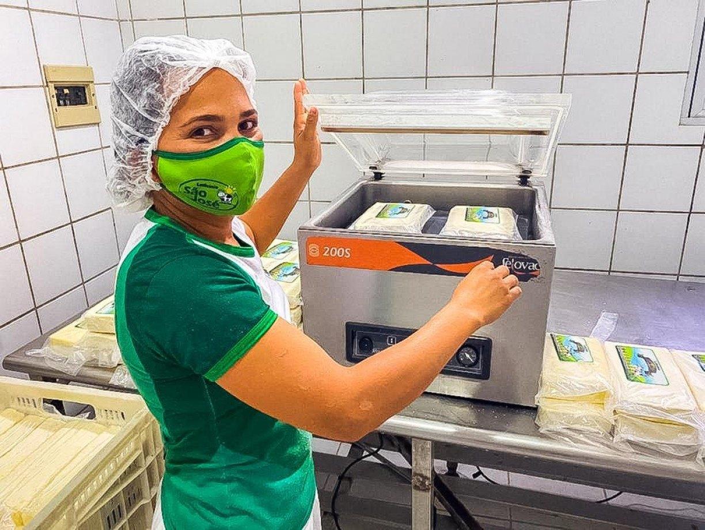 Produtores da bacia leiteira de Pernambuco otimistas com a retomada do setor