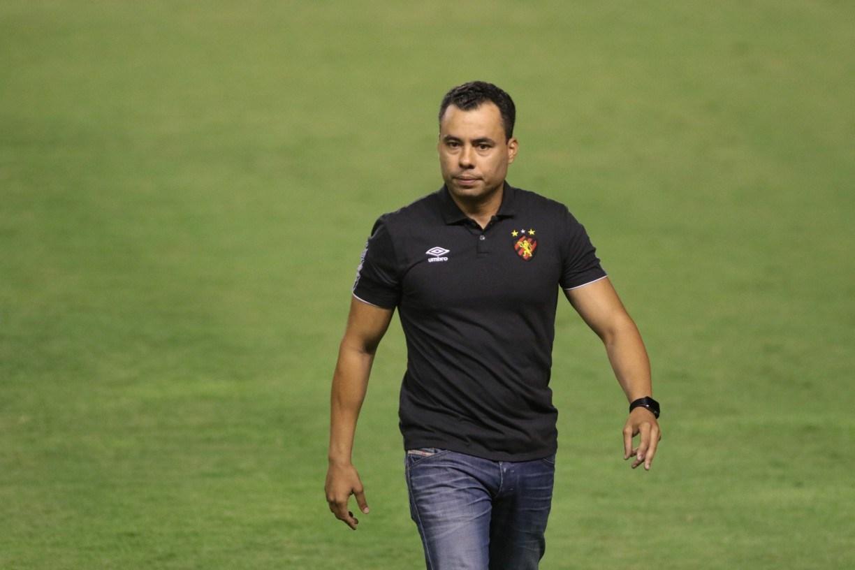 Sport renova contrato do técnico Jair Ventura até o fim de 2021