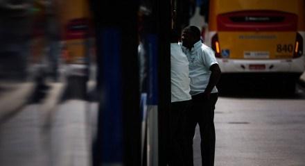 Ônibus - Transporte - Coletivo - Passageiros - Motorista - Cobrador - Cidade - Mobilidade