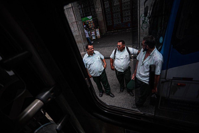 Rodoviários e empresários chegam a acordo, e greve de ônibus prevista para esta terça é cancelada na Região Metropolitana do Recife