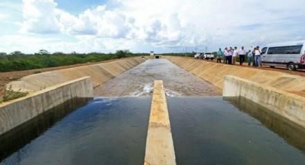 O Projeto Pontal, de Petrolina, está sendo retomado pelo governo federal. A previsão é de conclusão em três anos