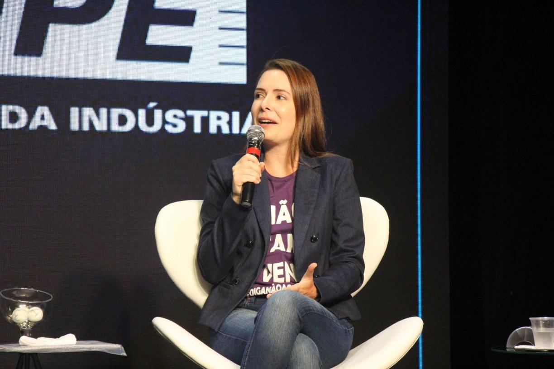 Na Fiepe, candidata a prefeita Delegada Patrícia promete gestão