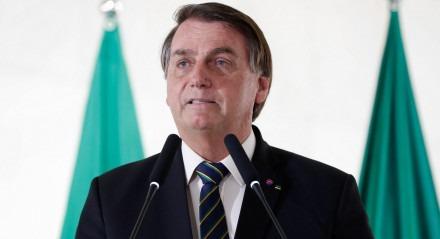 """""""Pedi para o secretário de negócios dele (Donald Trump) a possibilidade de abrir para os estudantes"""", disse Bolsonaro"""
