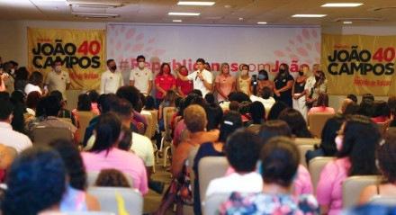 João Campos apresenta sugestões para o Recife em reunião com as mulheres do partido Republicanos