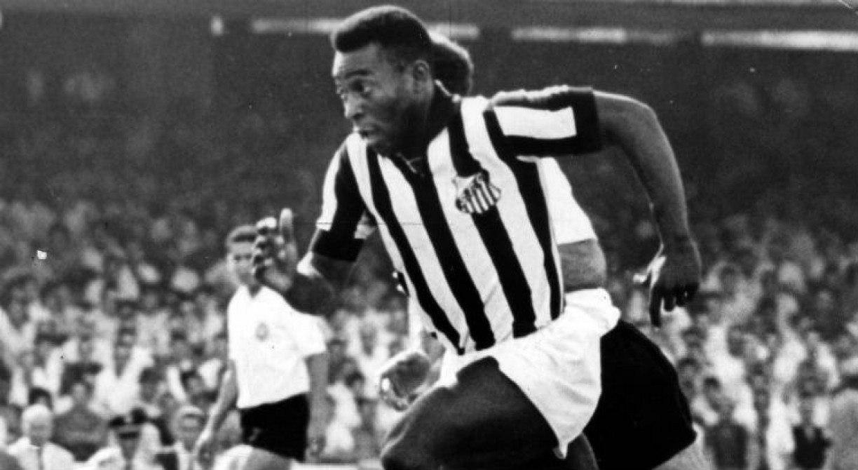 Gol mil de Pelé teria sido na Ilha do Retiro contra o Santa Cruz