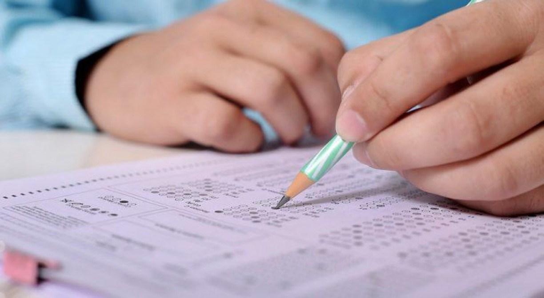 Candidatos do grupo de risco podem solicitar sala separada durante provas do Enem