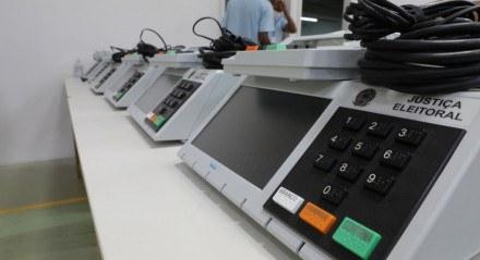 TRE inicia preparação das urnas eletrônicas para as eleições municipais de 2020.
