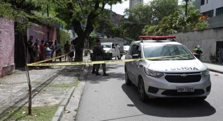 Polícia Militar isolou o local do crime, na Estrada do Arraial.