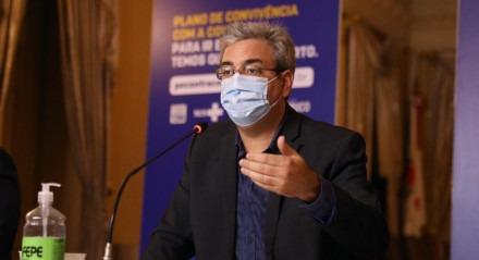 O Secretário de Cultura Gilberto Freyre Neto participou de coletiva nesta quinta-feira (12)