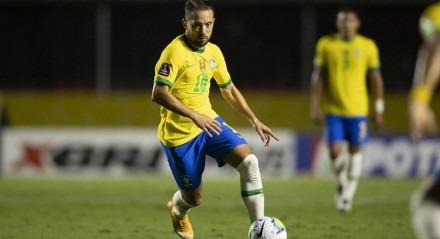 Everton Ribeiro atuou como titular da Seleção Brasileira pela primeira vez na vitória diante da Venezuela, nesta sexta-feira (13)