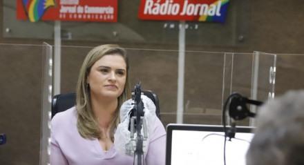 Marília Arraes (PT) no debate da Rádio Jornal