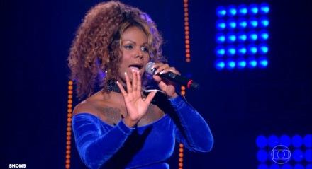 A recifense Diva Menner se apresentou nas Batalhas do 'The Voice Brasil' nesta quinta-feira (19)