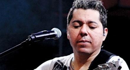 Artista pernambucano Louro Santos