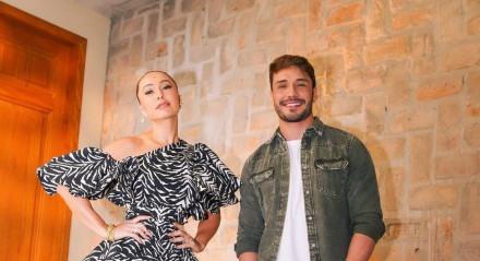 Sabrina Sato e Lucas Viana nos bastidores de 'Game dos Clones'
