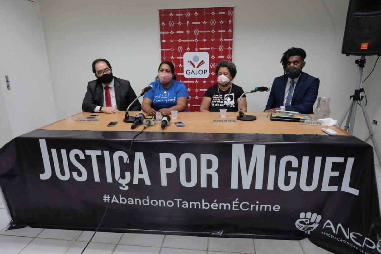 'Querem transformar meu filho em demônio e Sarí em santa', diz Mirtes, mãe de Miguel