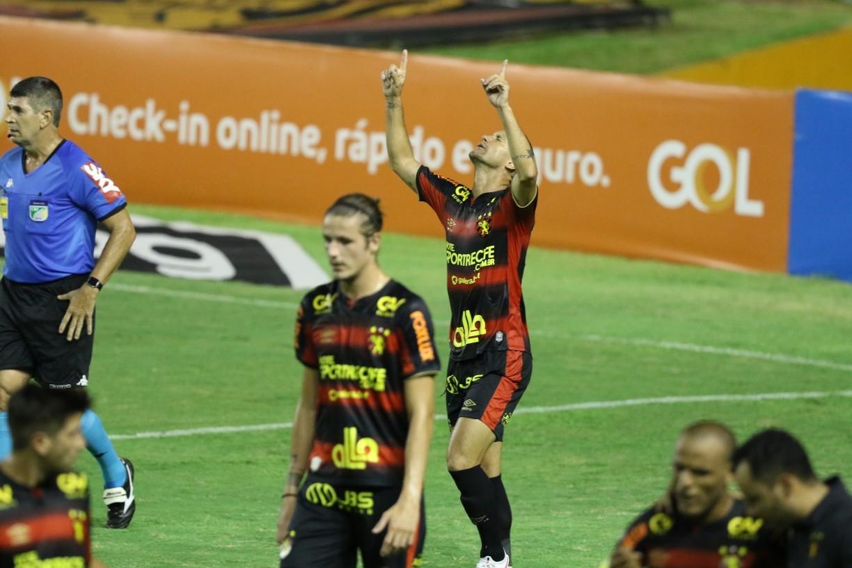 Rádio Jornal: ouça o gol do Sport, marcado por Thiago Neves