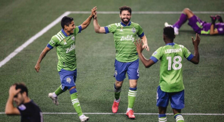 Ídolo do Santa Cruz, João Paulo fala de adaptação nos EUA, busca por título da MLS e golaço pelo Seattle