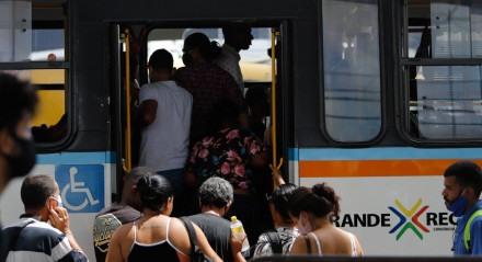 ÔNIBUS - Greve dos Rodoviários do Grande Recife