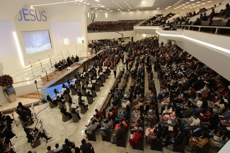 Alepe 'ressuscita' projeto de lei que torna igrejas atividades essenciais em Pernambuco