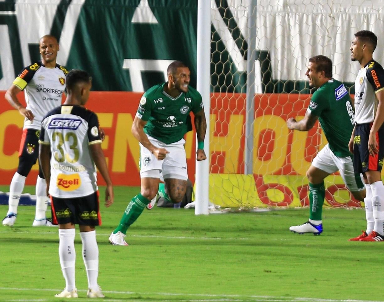 Com gol relâmpago, Sport perde para o Goiás por 1x0 e corre risco de entrar no Z-4 ao final da rodada