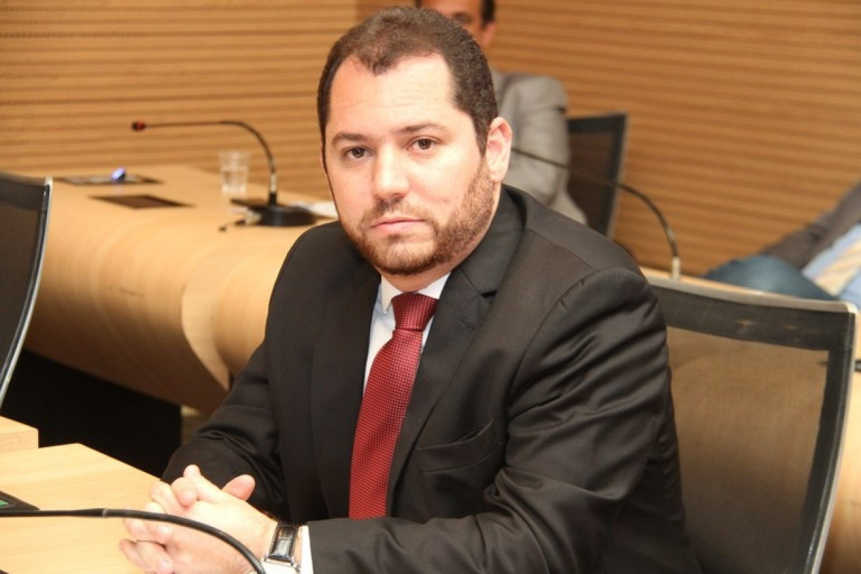 Romerinho Jatobá deverá ser o novo presidente da Câmara do Recife na próxima legislatura