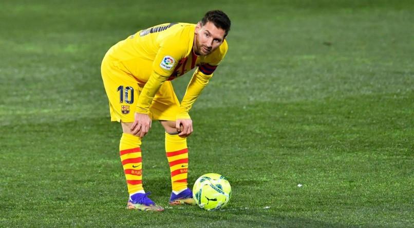 Lionel Messi produz provavelmente a pior chance de sua carreira contra o Huesca