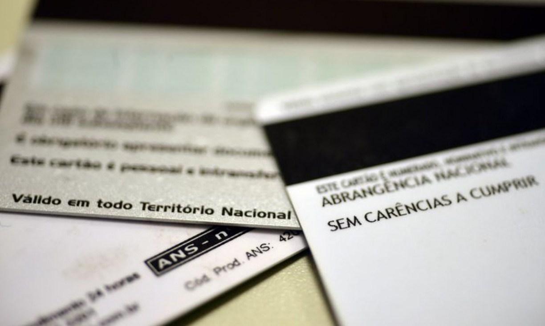 Usuários de planos de saúde podem pagar em 2021 até três reajustes acumulados
