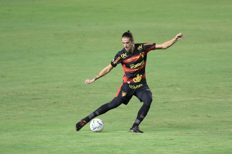 Voltando de suspensão, Maidana pede cautela contra próximos adversários e destaca defesa do Sport
