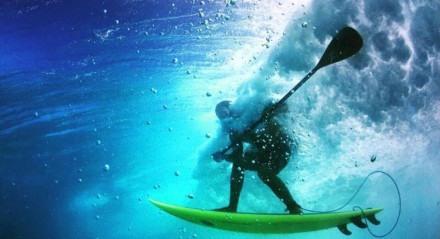 Leco Salazar é um dos pioneiros do SUP Wave no Brasil