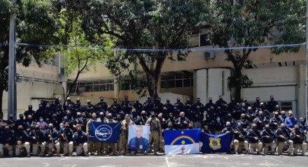 As equipes da Polícia Rodoviária Federal, da Defesa Social (SDS), Polícia Civil (PC), Polícia Penal (GISO) e Polícia Militar de Pernambuco (PMPE) se reuniram na sede da Superintendência em Pernambuco