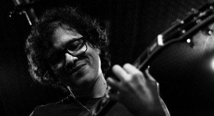 Luciano Magno lança nesta quinta-feira (21), nas plataformas digitais, seu primeiro disco de guitarra solo da carreira