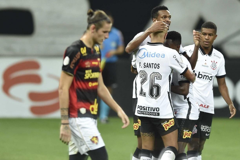 Sport não segura Corinthians, perde e se complica na Série A