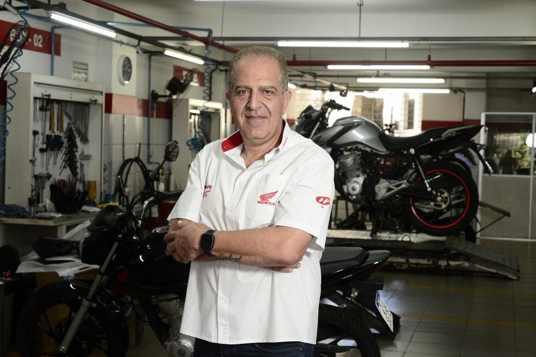 ARMANDO ARTONI/MOTO AMIGA