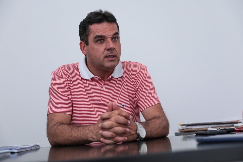 Vice-presidente do Náutico elogia lateral-esquerdo Rafinha: 'Contratação que agradou bastante'