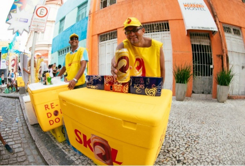 Sem Carnaval, Ambev vai dar auxílio de R$ 255 a ambulantes; corra para participar porque as vagas são limitadas