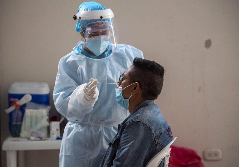 Apesar de ter 44% da população vacinada, Chile tem disparada de números de casos e mortes pela covid-19