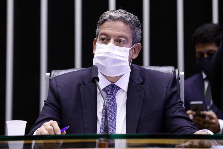 Lira diz não acreditar em veto de Bolsonaro a prazo dado a Anvisa para vacinas