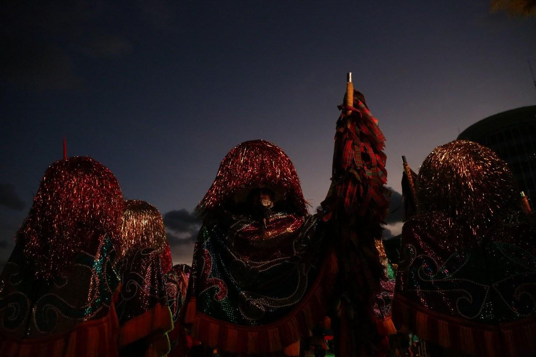 Maracatus de baque solto guardam as fantasias para 2022; não teve encontro este ano