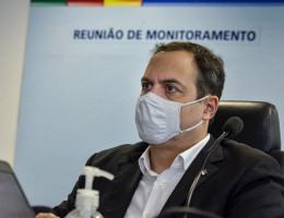 O governador Paulo Câmara (PSB) durante reunião de monitoramento