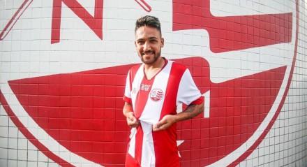 Giovanny é um dos reforços contratados pelo Náutico para a temporada 2021.