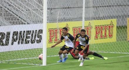 Garotos do Sport não se intimidaram na estreia pelo Estadual