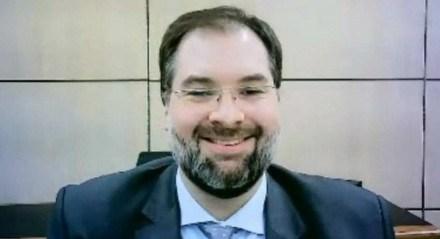 Ribeiro, que será o quinto presidente do Inep no governo de Jair Bolsonaro, ocupava até então o cargo de secretário de Regulação e Supervisão da Educação Superior do Ministério da Educação