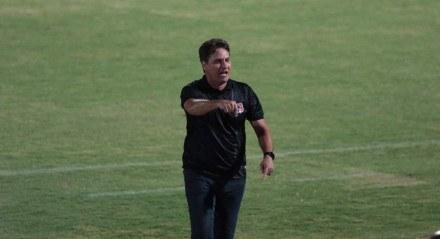 Para este jogo, o técnico João Brigatti poupou alguns atletas da equipe considerada titular.