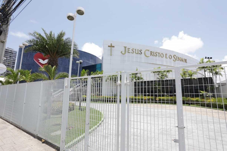 Comissão da Alepe aprova nova versão para projeto que torna igrejas essenciais em Pernambuco