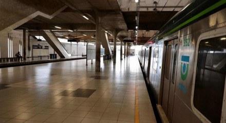 Movimentação na Estação Recife no início da manhã desta quinta-feira (18)