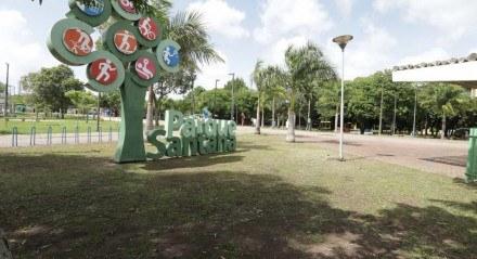 Movimentação no Parque Santana, no Recife, na manhã desta quinta (1º)