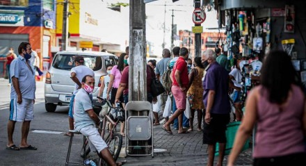 Feriado, Pandemia, Covid-19, Lockdown, Quarentena, Feira, Praia, Cidade, Estrada