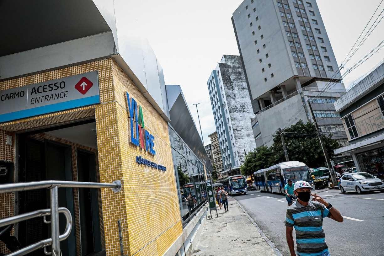 TCE identifica irregularidades na reforma das estações de BRT e suspende pagamento de manutenção em terminais integrados do Grande Recife